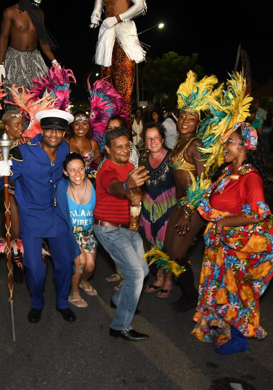 Barbados Ah Comin '- Isla Festival